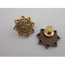 Benutzerdefinierte Antik Gold Plated Metal Abzeichen (GZHY-KA-026)