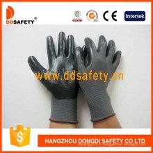 Nitrile noir en nylon gris recouvert sur des gants de sécurité Palm Dnn412