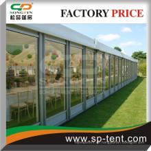 Glaswand-Festzelt 15m x30m mit Innenauskleidungen für Hochzeitsfeiern im Freien