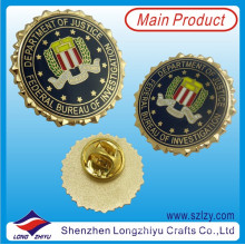 Хорошее качество красочный металлический значок с нестандартной конструкцией