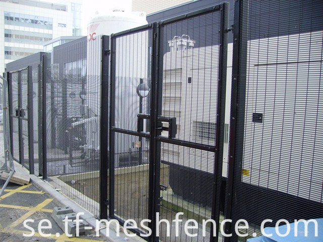 358_security_fence_mesh_profile_76