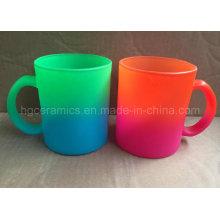 Taza de cristal del color de neón, taza de cristal del color del arco iris