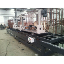 Automatic rubber wood cutting log carriage