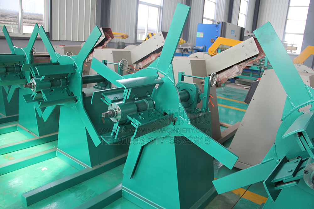 Ceiling channel roll forming machine