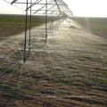 Sistema de irrigação por pivô central movido a energia solar com bomba