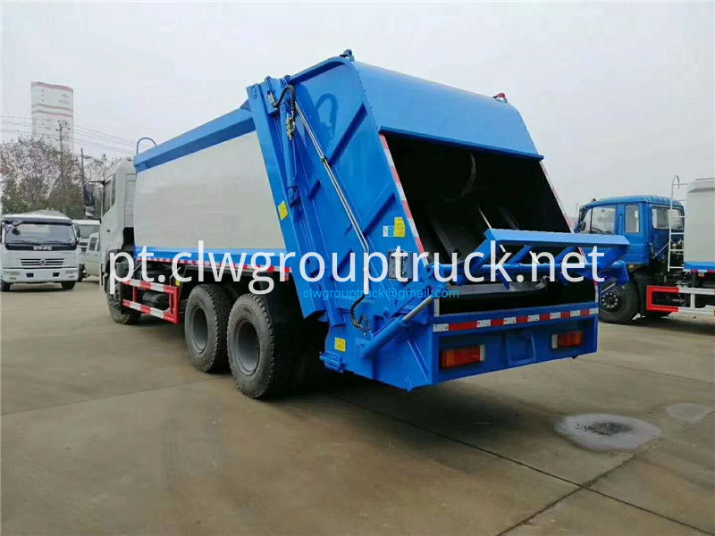 Compression Refuse Collector 4