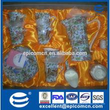 Venta al por mayor real Mid-east diseño de hueso fino China cena conjunto, conjunto de café taza de té de flores y platillo, crema y azúcar olla