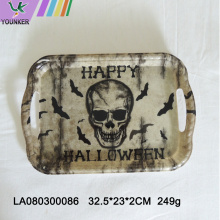 Halloween-Motto-Party mit Totenkopf-Platten