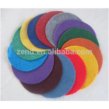 Hermoso diseño impreso impermeable 100% pp mantel no tejido de tela
