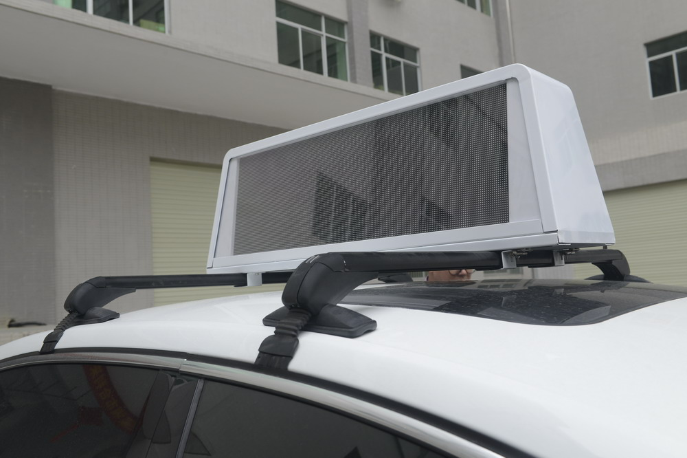 6Outdoor GPS RGB P5 Taxi Top Led Screen
