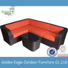 Conjunto de sofá de esquina de muebles de ratán con mesa de café