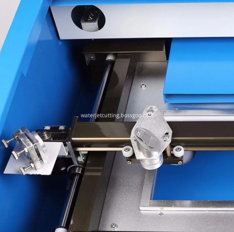 MINI LASER CUTTING MACHINE (4)