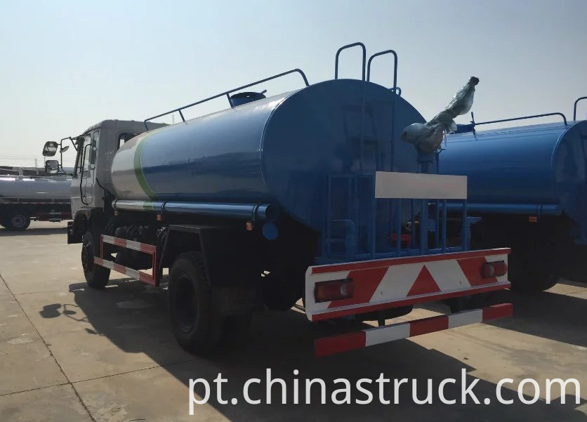 Export model watering truck 8000 liters