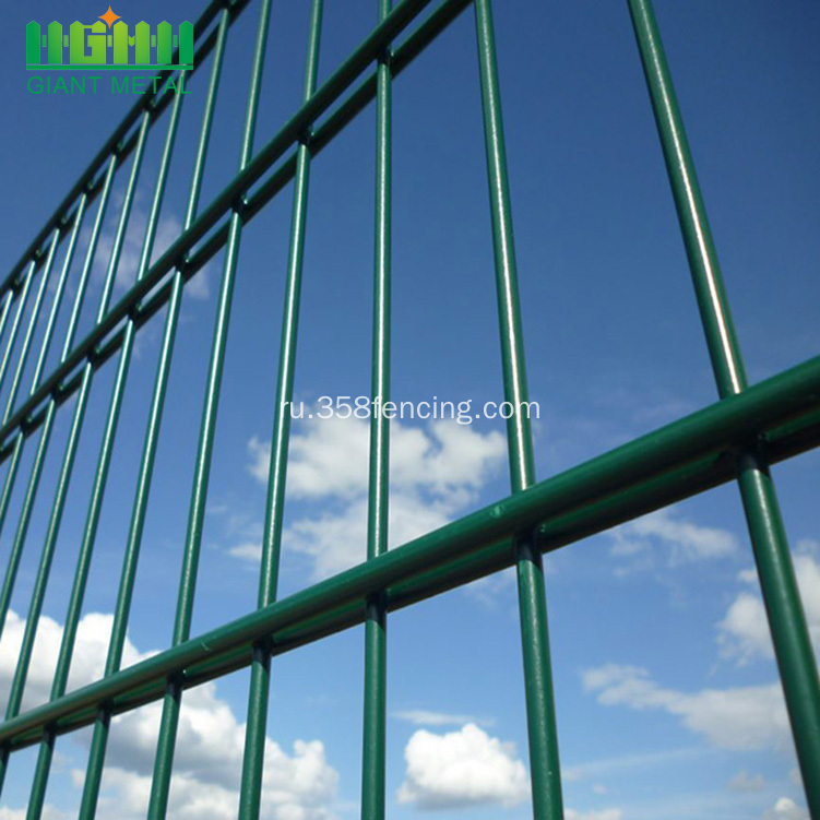 Twin+Horizontal+PVC+Welded+Wire+Fence