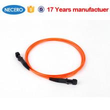 Cable de fibra de atenuación de baja atenuación a prueba de agua