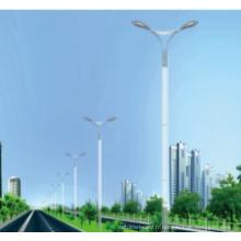 Galvanisation à chaud 3.5mm épaisseur Street Light Pole Double bras