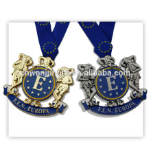 Prix personnalisé de médaille d'or en métal de production