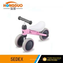 Roues à jouets en plastique / voiture bébé / vélo