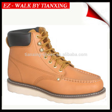 Composite toe safety shoes with Moc toe design