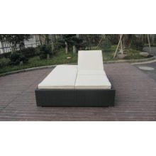 PE Rattan Adjustable Lounge Chair , Modern Foldable Chaise