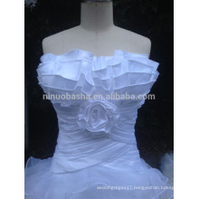 In Stock Stylish Scalloped Neckline Off The Shoulder Organza Bridal Dress With Ruffles White Wedding Gowns NB1286