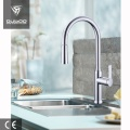 Gooseneck 3 Way Kitchen Faucet Mixer مع بخاخ