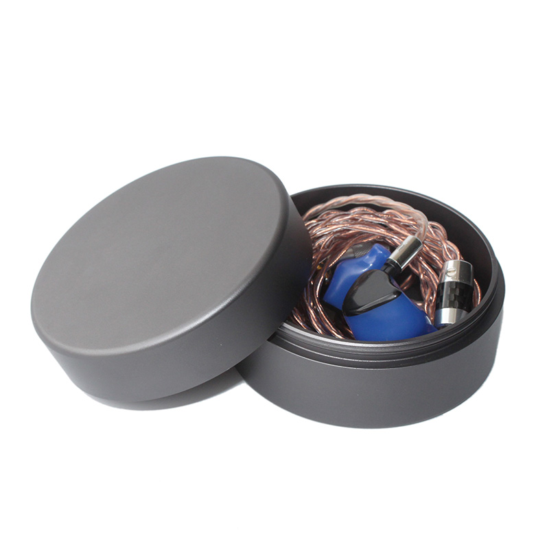 Aluminum case for earphone