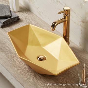 Bacia colorida de venda quente do ouro do banheiro