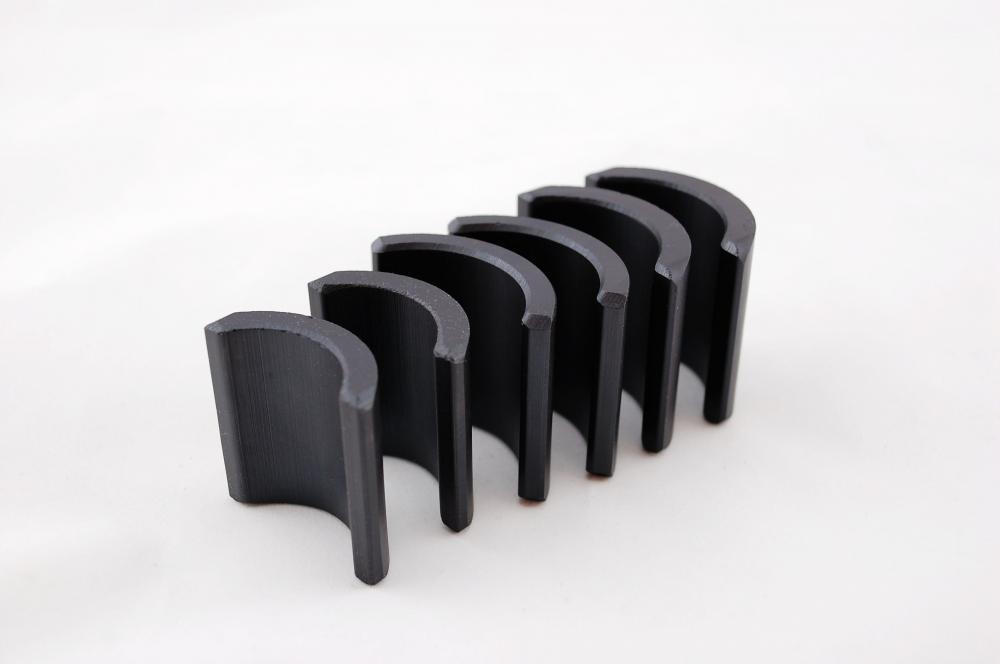 Arc Segment Ferrite Magnet 2