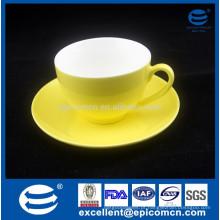 250cc Cor Amarela Glazed New Bone China Cup E Saucer chá Set conjunto de café turco