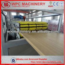 Porte-pvc en bois-plastique de haute qualité produisant une machine WPC