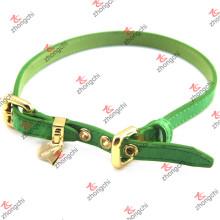 Moda de cuero verde Collar de mascotas con encantos de oro (PC15121411)