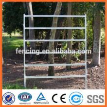 Panneau de clôture en béton blindé à grillage galvanisé / panneau de clôture de ferme d'élevage