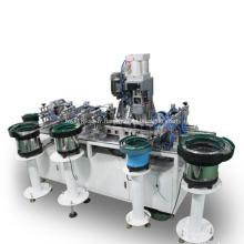 Équipement d'assemblage automatique pour les touches du clavier