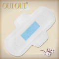 Almohadillas de servilleta sanitarias de las mujeres negativas de la marca femenina de la mejor venta regular