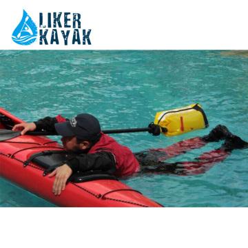 Kayak Paddle Flate sacos usando quando off água