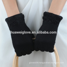 fashion lady handmade wool gloves with flower