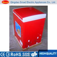 Красный морозильник с морозильной камерой