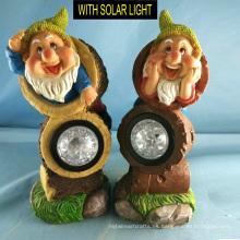 2 Asst Polyresin enano con iluminación solar Garden Gnome Decoración