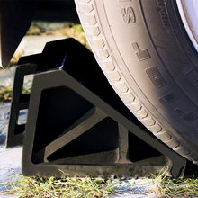 Cheap Solid Wedge Stopper Rubber Wheel Chock with Handle for Trailer/Car/Truck