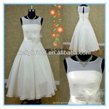 Chiffon wedding dress with 3/4 ( straight neckline )