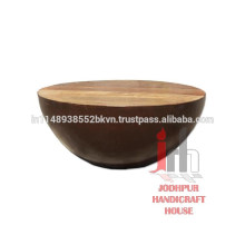 Table basse industrielle en bois revêtue de fer vintage
