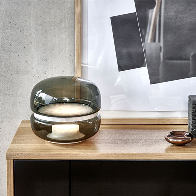 Application Small Bed Lamp