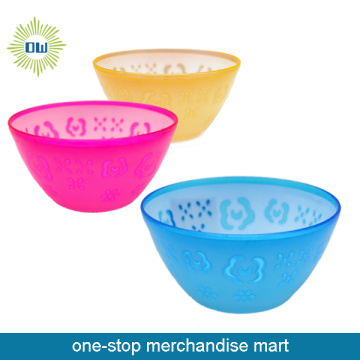 colored salad plastic bowl