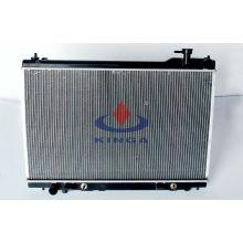Hochwertiger Autokühler für Infiniti 03-05 FX35 AT
