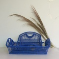 panier de rangement rectangulaire bleu en fil de fer