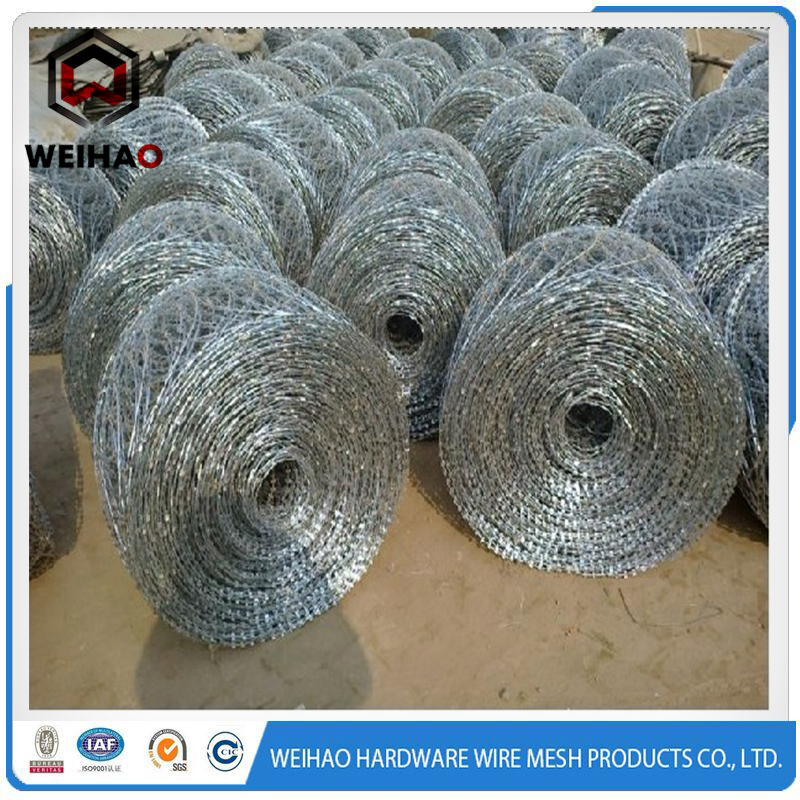 2016 hot selling india barbed wire / razor barbed wire