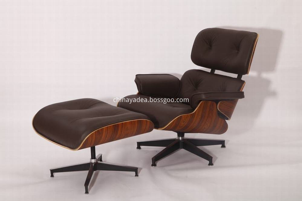 Herman Miller Eames leather lounge chair