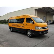 Школьный автобус Dongfeng на восемнадцать мест с выбросами евро III