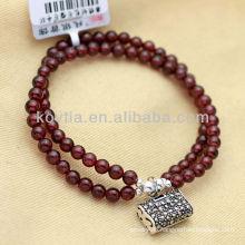 Women charm garnet bead chain bracelets